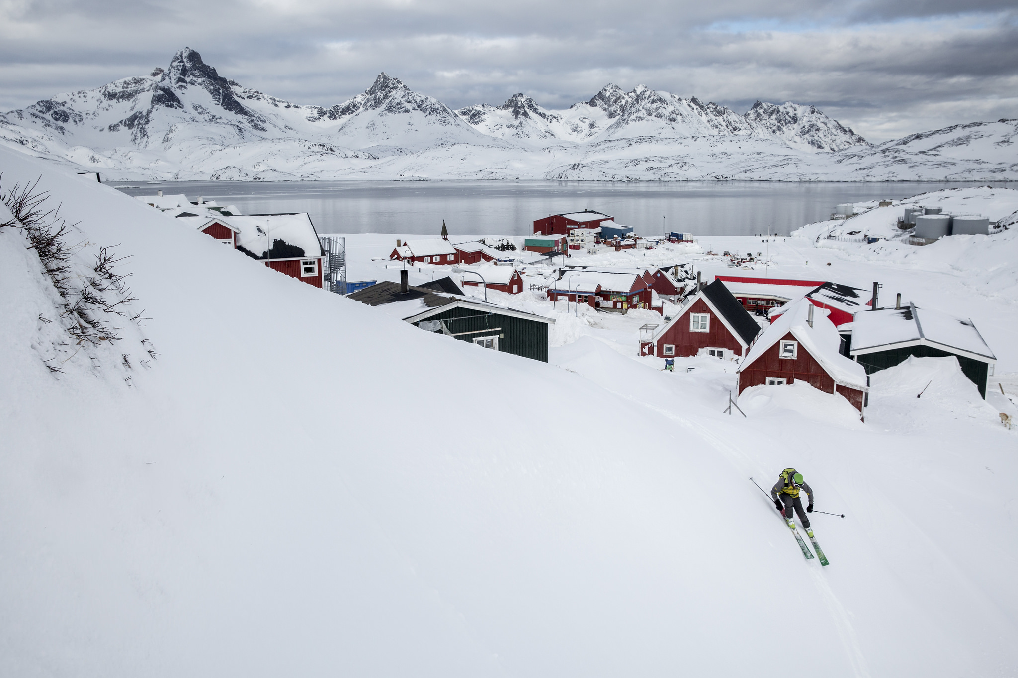 Christmas In Greenland.3 Curious Christmas Traditions From The North Pole The